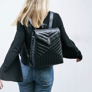4. Ba lô backpack Loulou