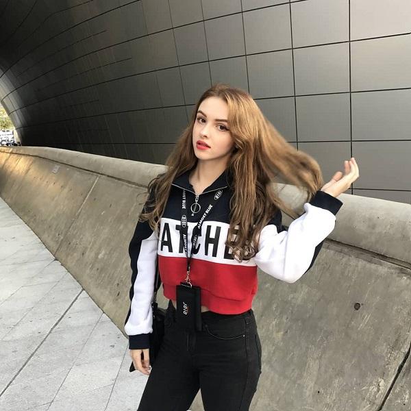 Vẻ đẹp búp bê củahot girl Uzbekistan 21 tuổi sống tại Hàn