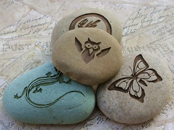 Điểm nổi bật của các sản phẩm khắc chữ trên đá