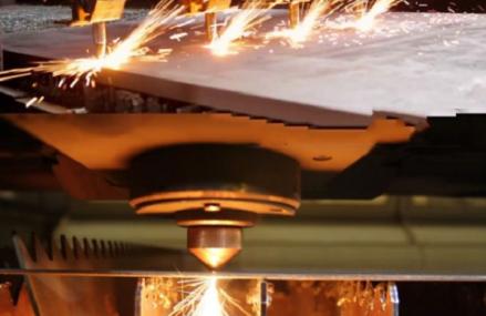 Cắt laser inox cắt laser kim loại giá rẻ tại Hà Nội