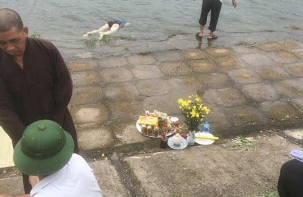 Phát hiện thi thể nổi lềnh phềnh ở hồ Định Công – Hoàng Mai